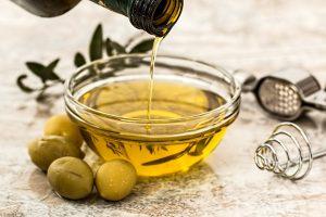маслиново и слънчогледово масло